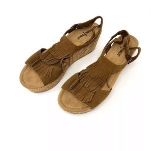 Minnetonka Moccasin Suede Fringe Wedge Sandals